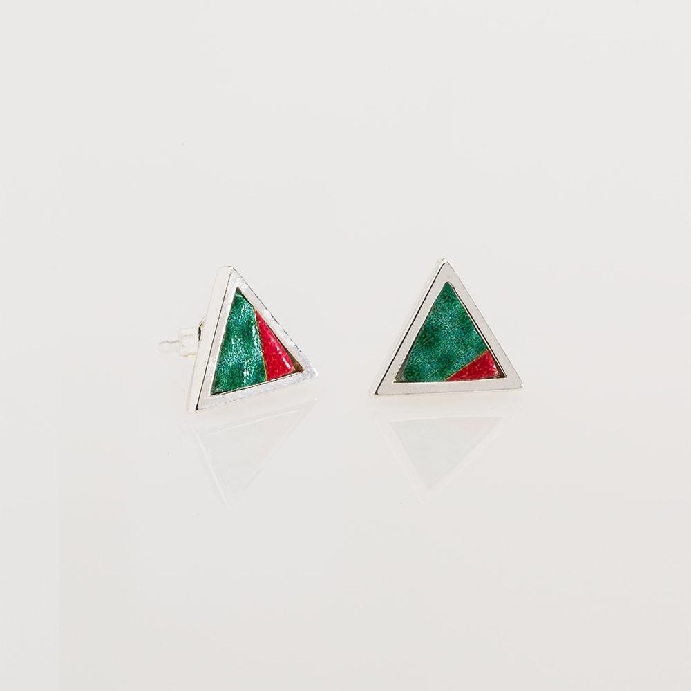 Pendientes Nelumbo mini triángulo jungle pendientes de cuero y plata moda sostenible.
