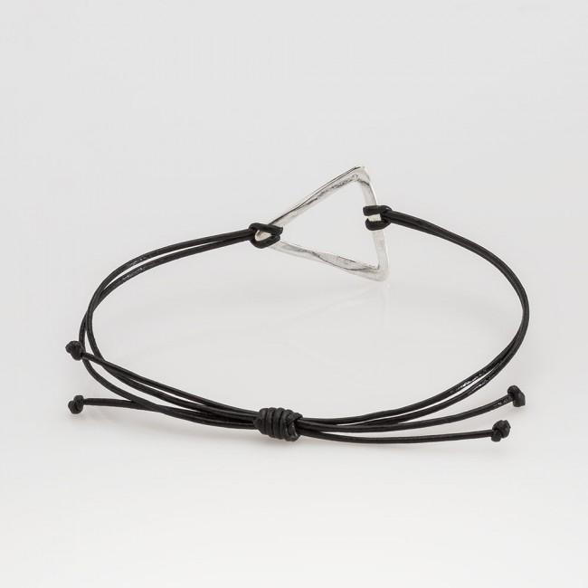 pulsera nelumbo link nudos negra triángulo pulseras de cuero y plata vista trasera