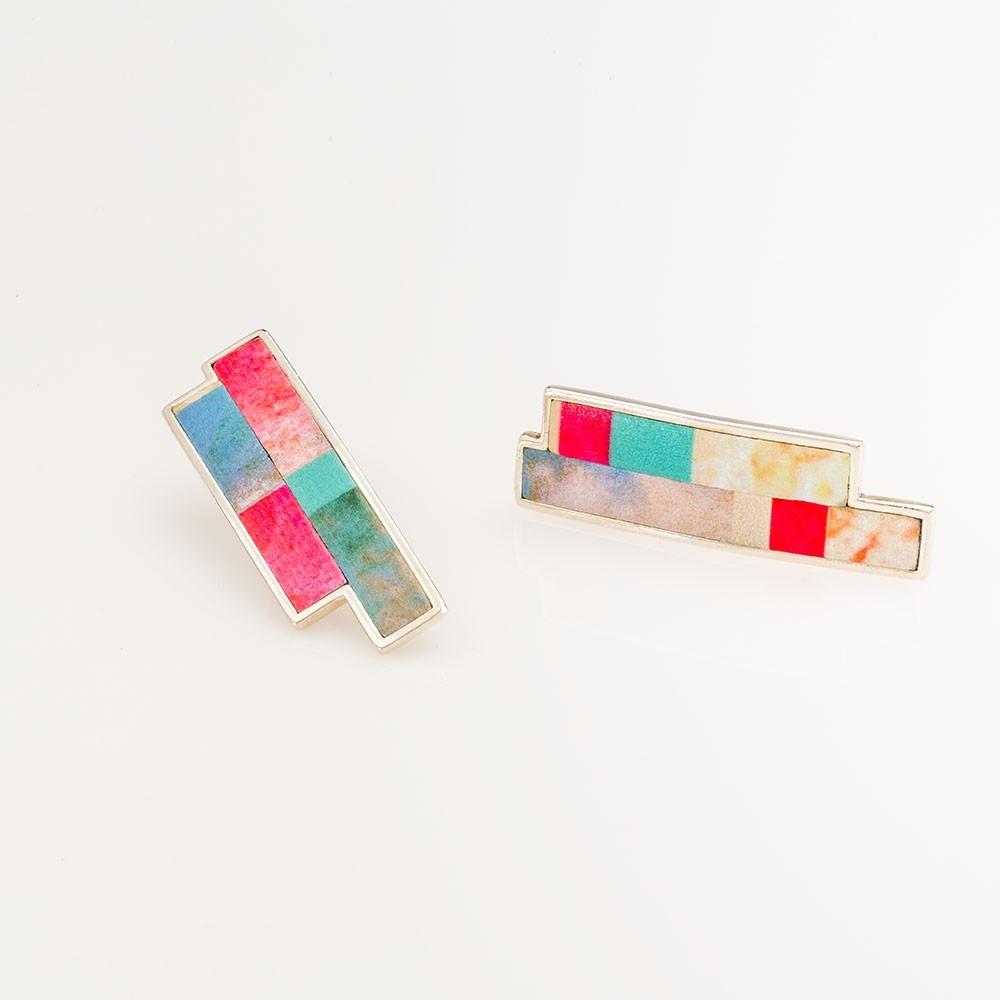 Pendientes Nelumbo bit nemo de cuero y plata moda sostenible hecho en España.