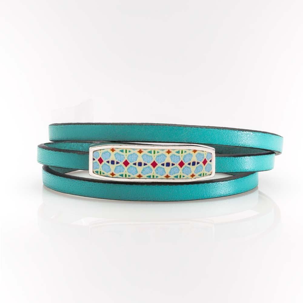 Vista de pulsera vuelta en plata y cuero azul turquesa colección Alcázar.