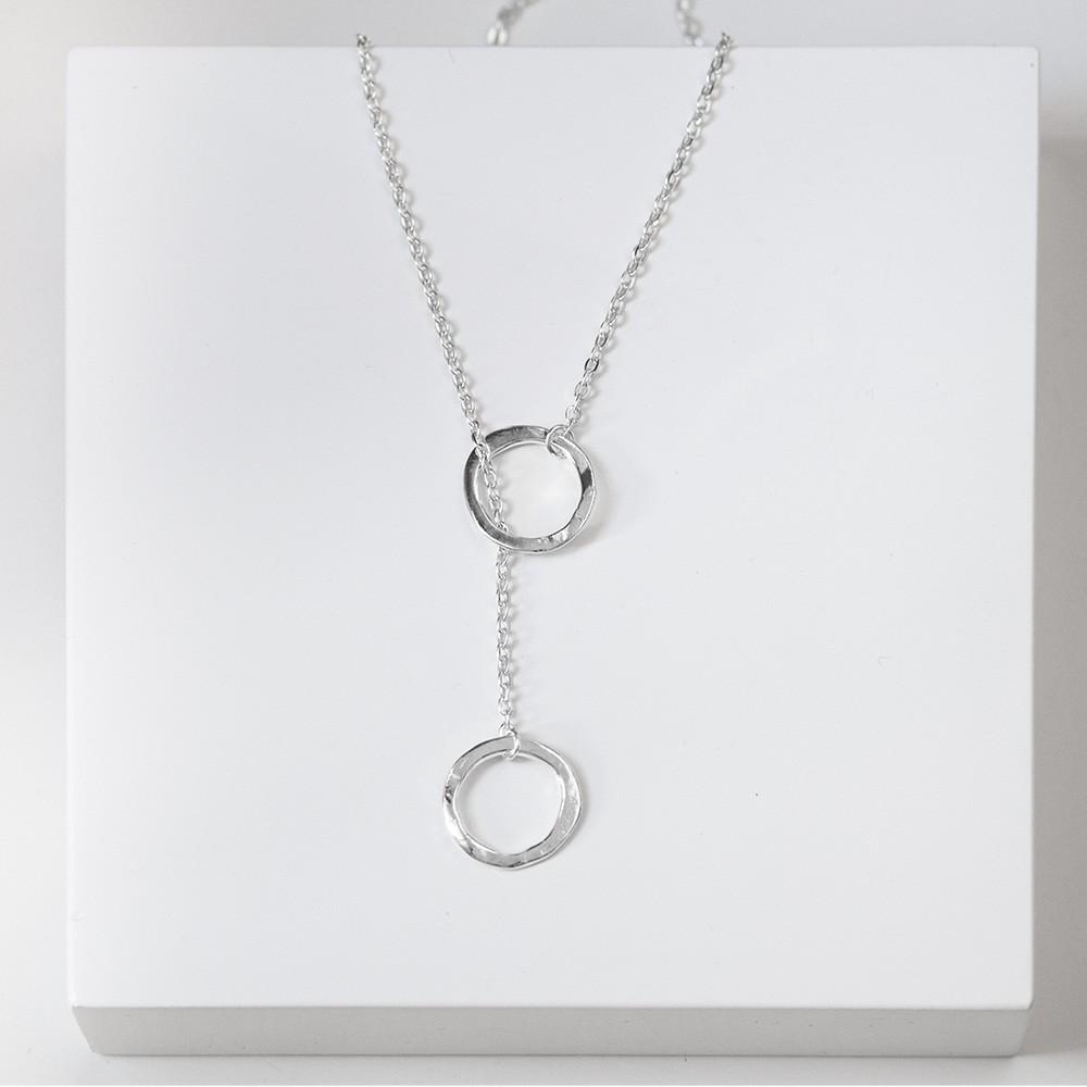 Colgante nelumbo link unión doble círculo colgantes de plata hecho en España.