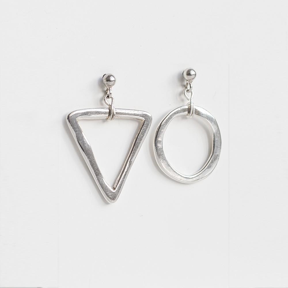 Pendientes Nelumbo link unión pendientes de plata círculo y triángulo